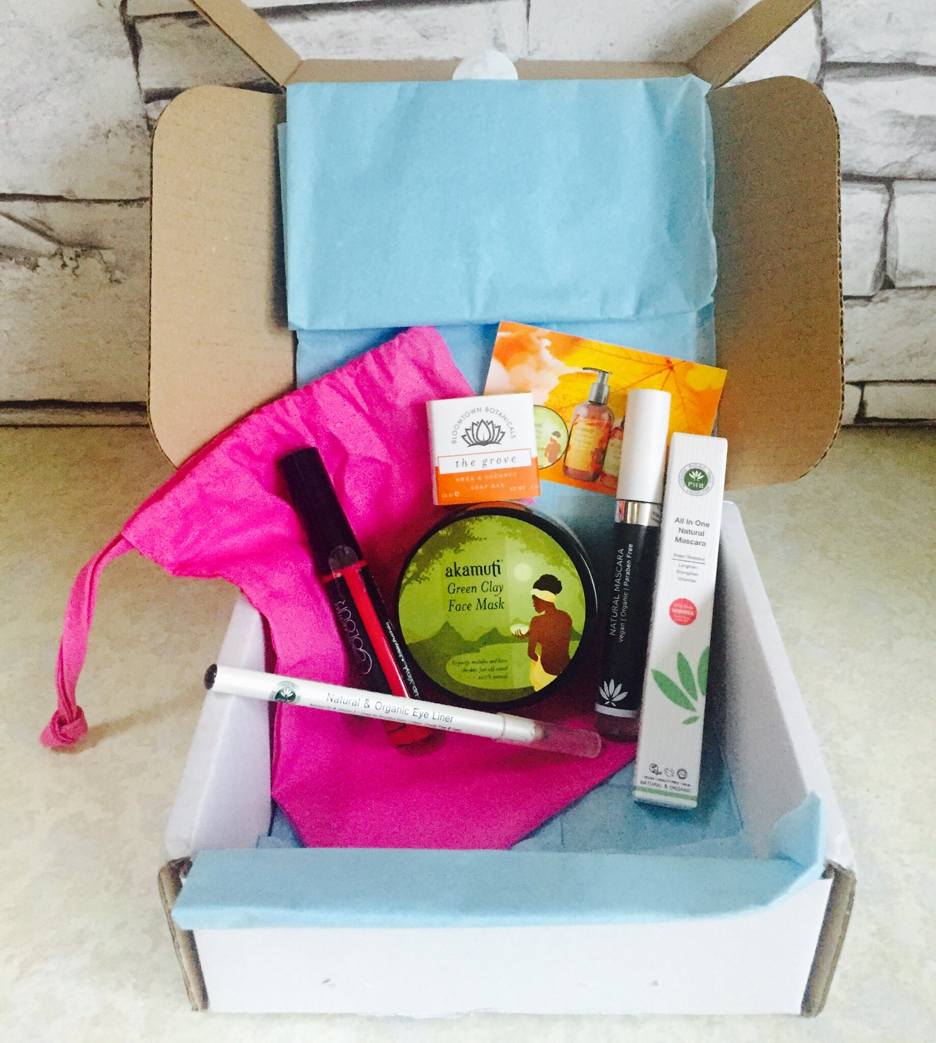 Pip Box cruelty free Bloomtown