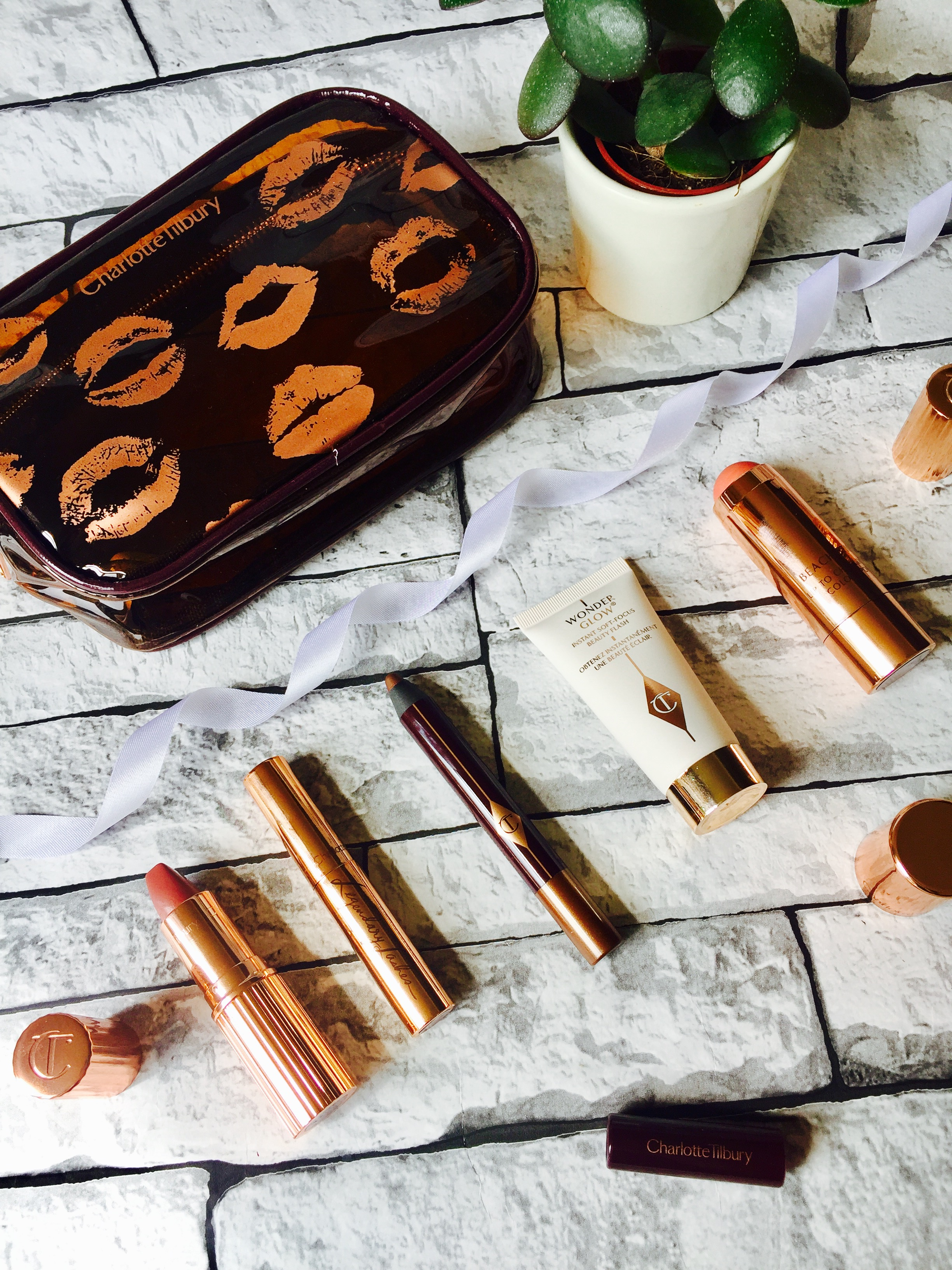 High End Beauty Haul Spectrum Collections Charlotte Tilbury Urban Decay Kiehl's Omorovicza Tarte Shape Tape