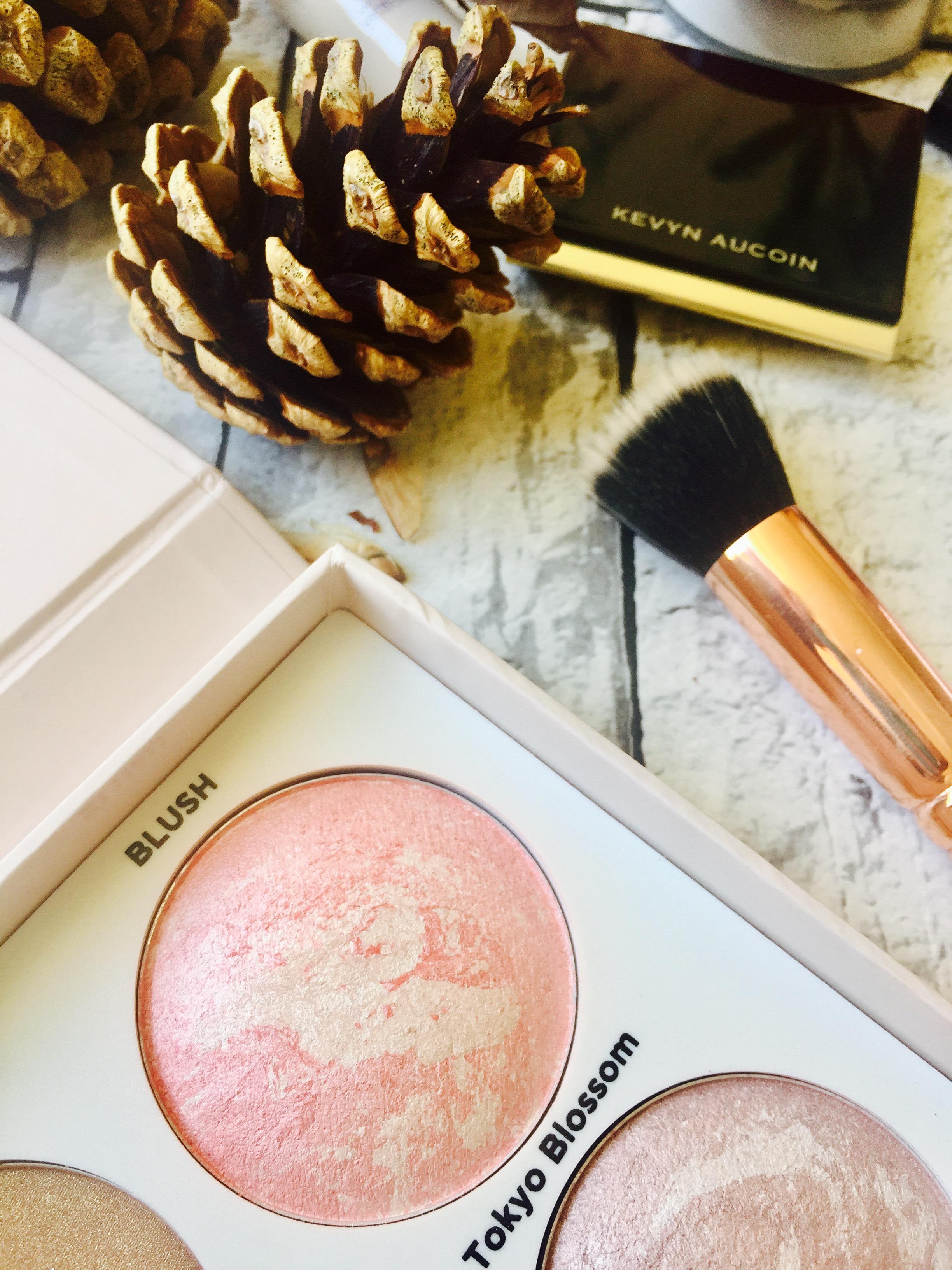 Everyday makeup bag essentials autumn edition Urban Decay Charlotte Tilbury Mac ahb cosmetics benefit The Ordinary