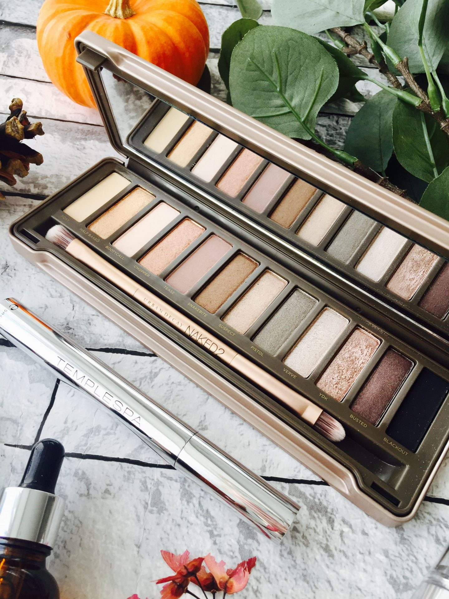October Favourites 2017 Omorovicza Urban Veda Urban Decay Naked 2 palette Laura Geller Temple Spa