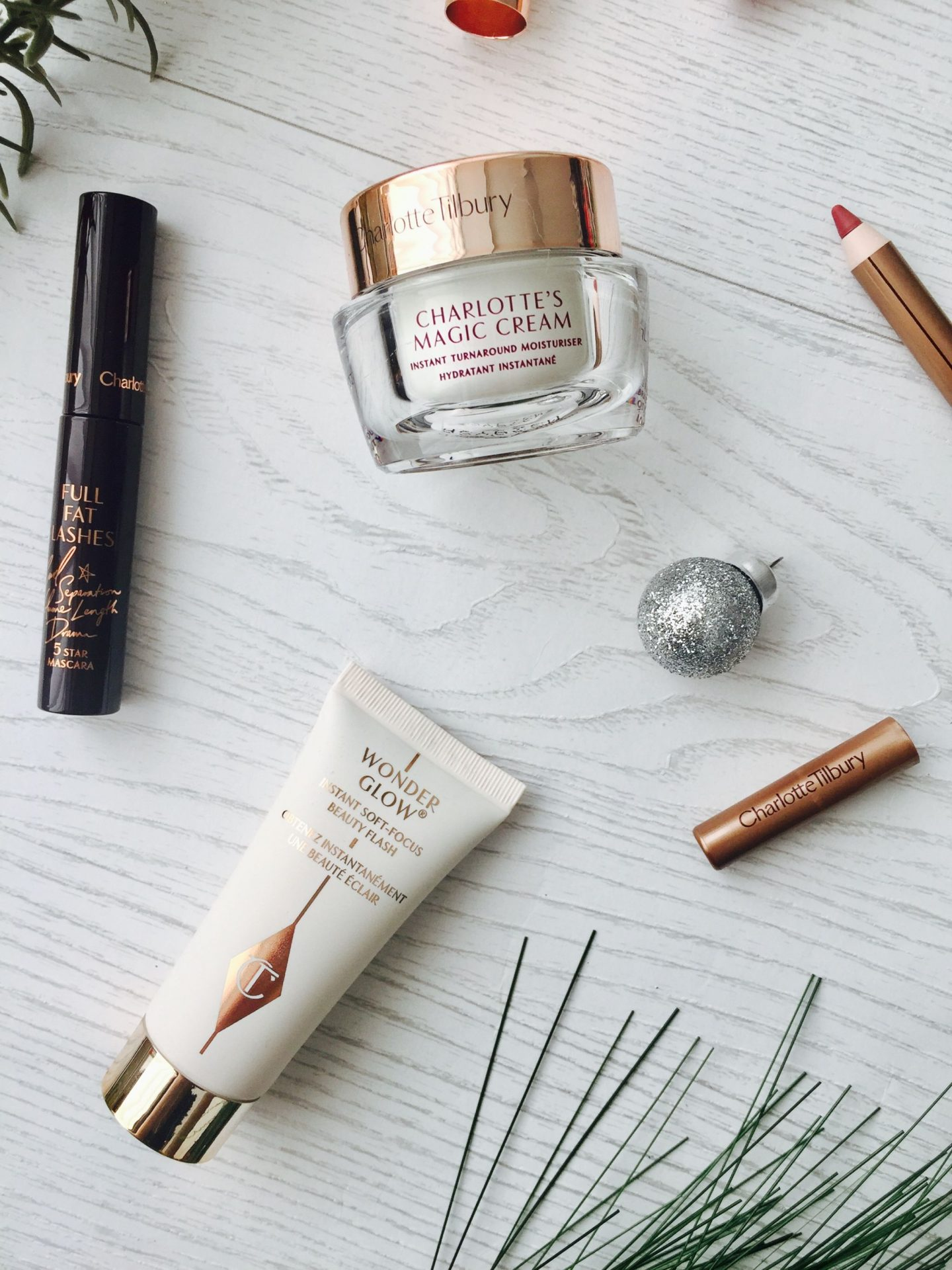 Charlotte Tilbury Beauty Icons Pillow Talk Scent of a dream wonderglow Penelope pink magic Cream full fat lashes