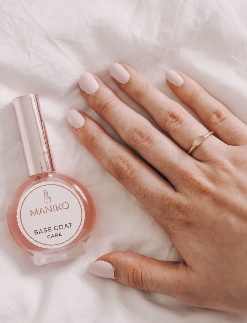 Fuss Free Manicures with MANIKO Nails